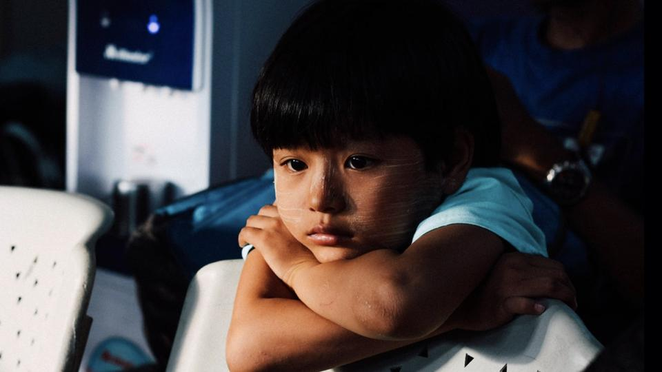 Signs of Depression in Children (And How to Help Them to Overcome It)